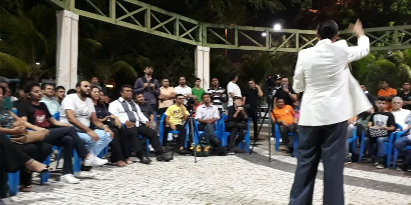 Marina Silva reúne apoiadores em Fortaleza